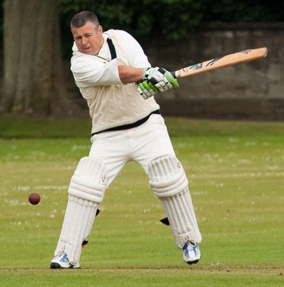 cricketerhitting2-webdetail