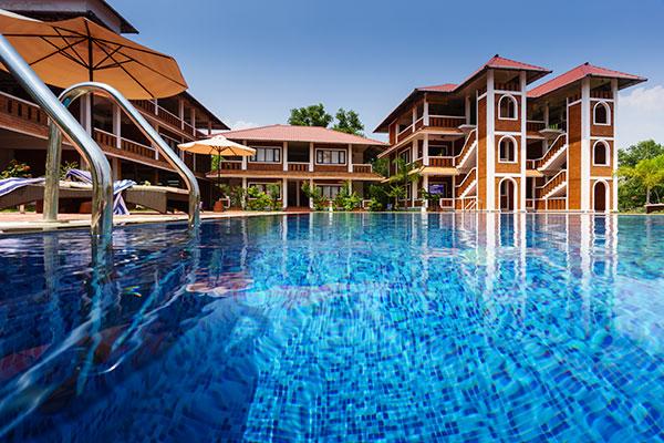 Isola di Cocco Resort Poovar