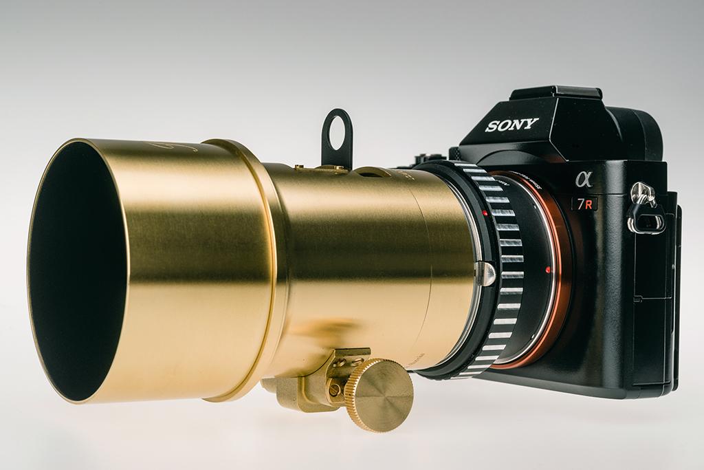 Lomography Petzval lens